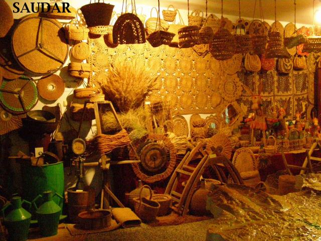 Saudar jodar museo sala v exposici n artesan a del - Artesania esparto ...